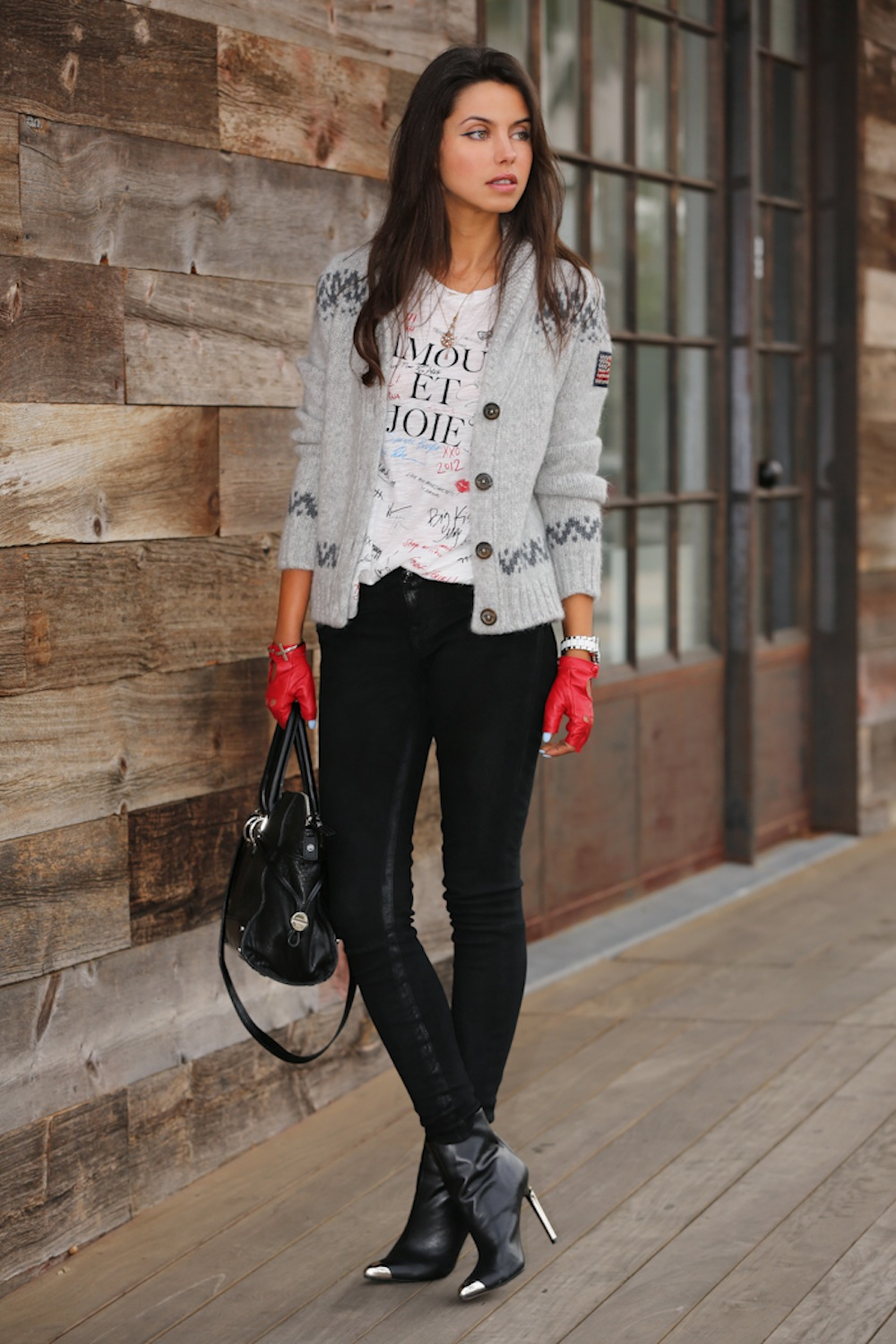 TRUE_RELIGION_SWEATER_VIVALUXURY_BLOG-3